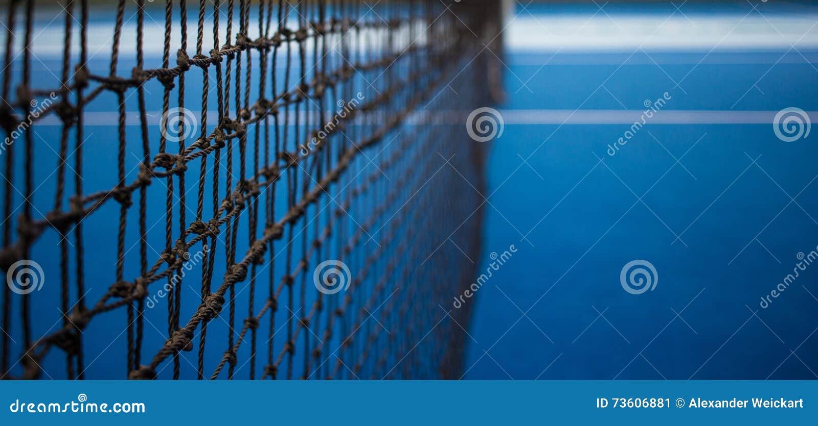 Red del tenis y corte azul