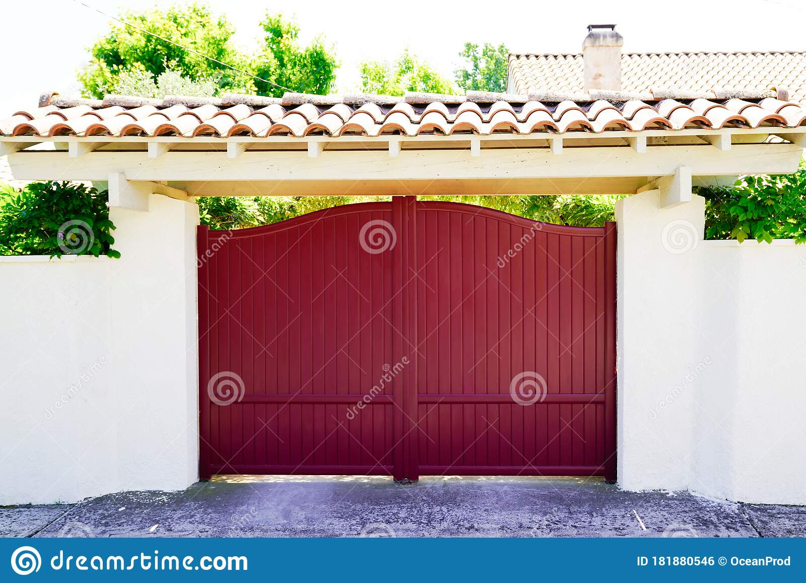 Red Design Home Metal Aluminum Gate Of Modern House Stock Photo Image Of Long Steel 181880546