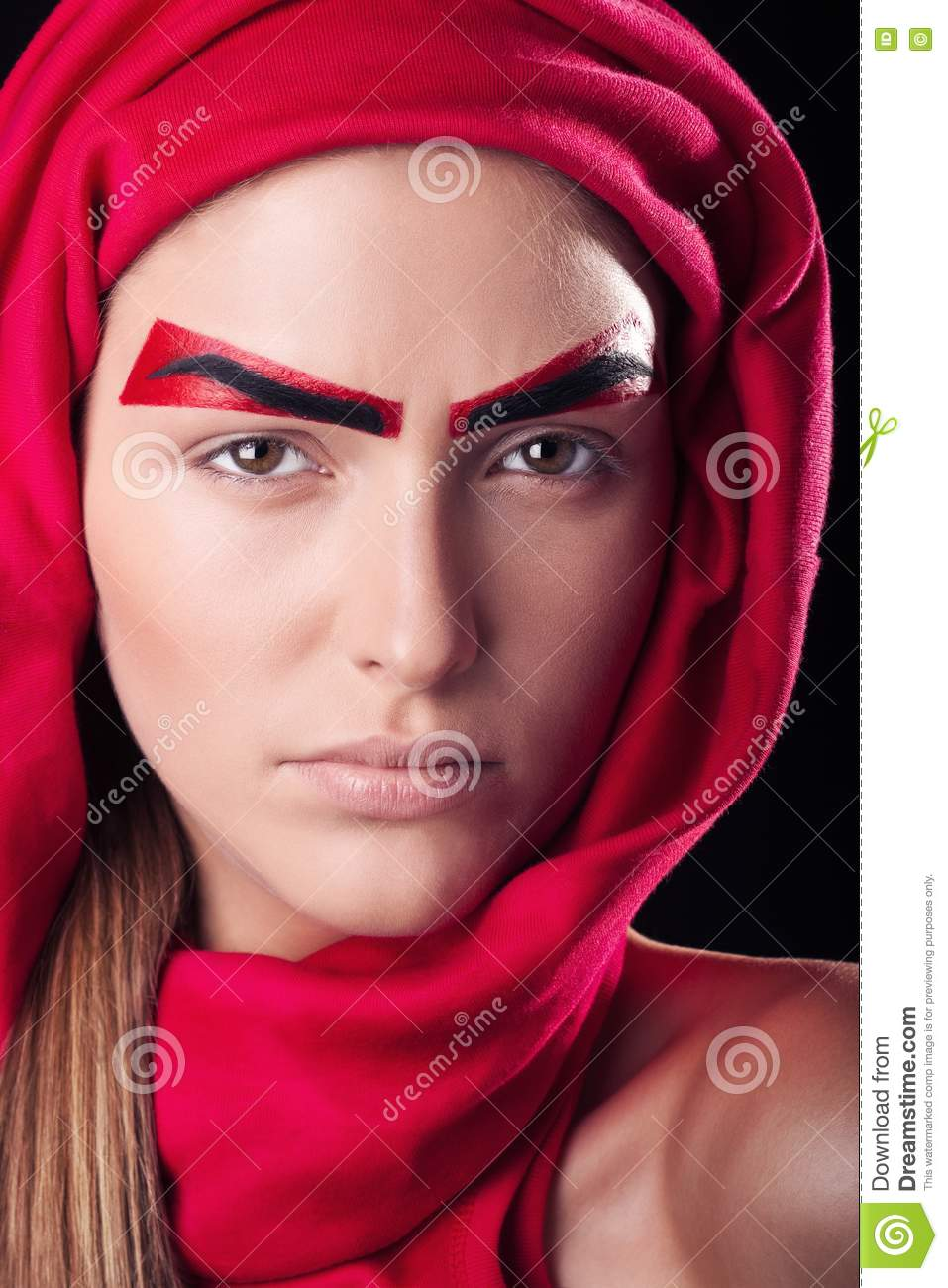 Eyebrow Styles: Red Eyebrows On The Person Of The Young And Beauti Royalty