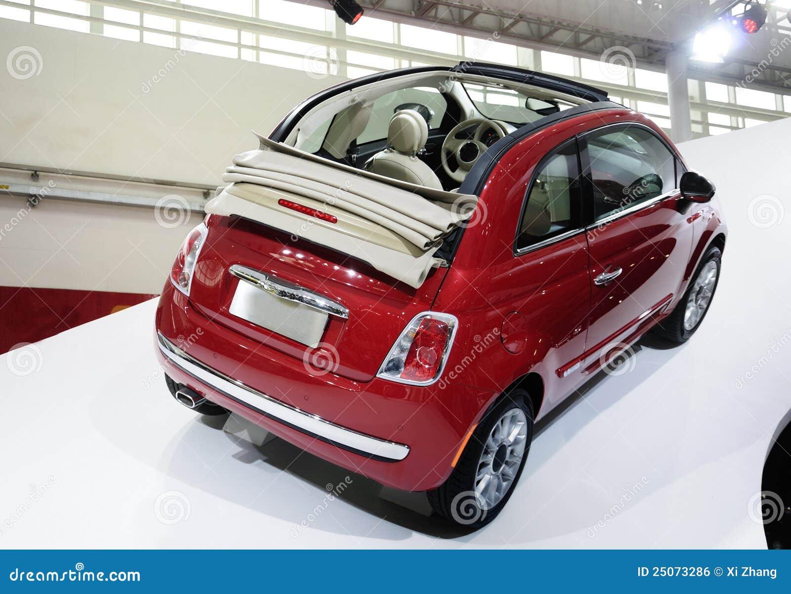 Red Fiat 500 car