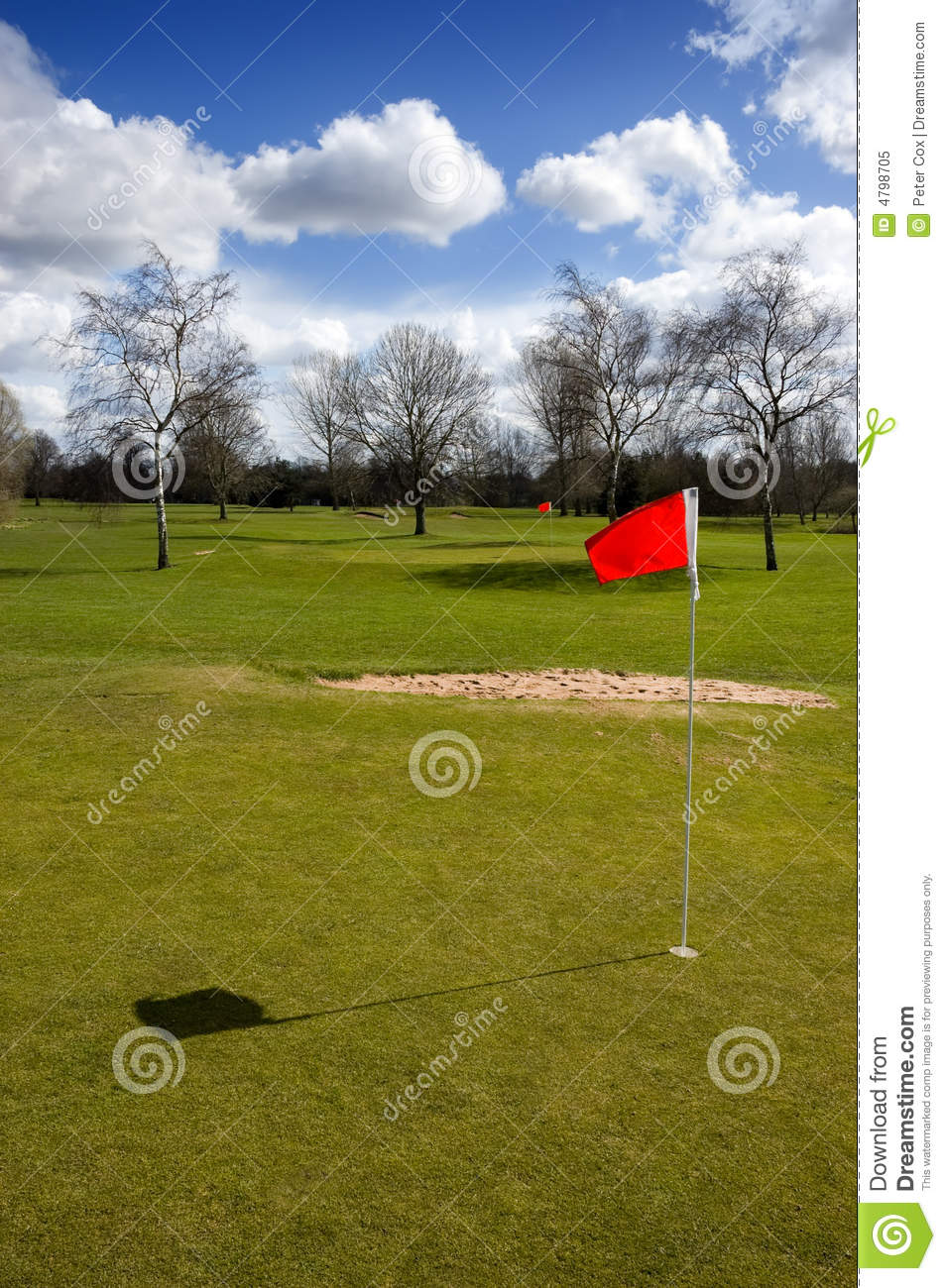 Red flag marking hole