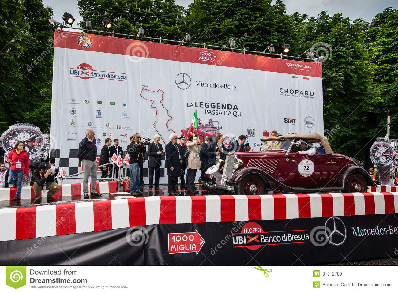 Red Ford Model B, 1933, starts the 1000 Miglia