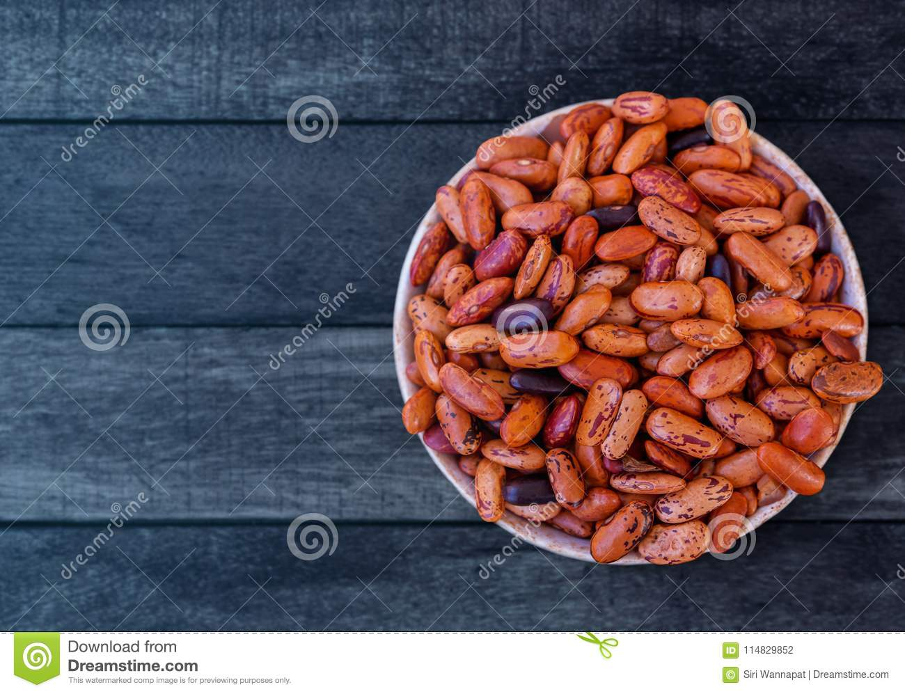 Red Kidney Beans In Bowl Lay On Wooden Table Stock Photo Image Of Healthy Kidney 114829852