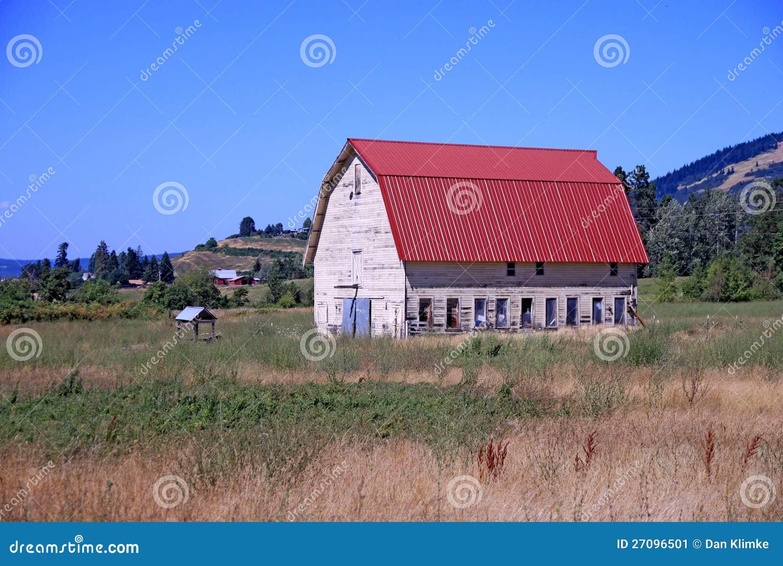 Red Oregon Barn Stock Image Image 27096501