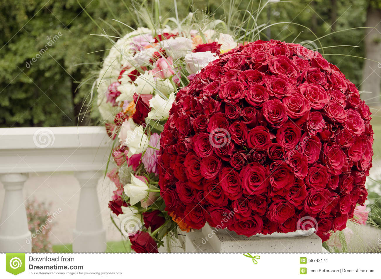 Red Roses Centerpiece Flower Ball Stock Photo Image Of Large