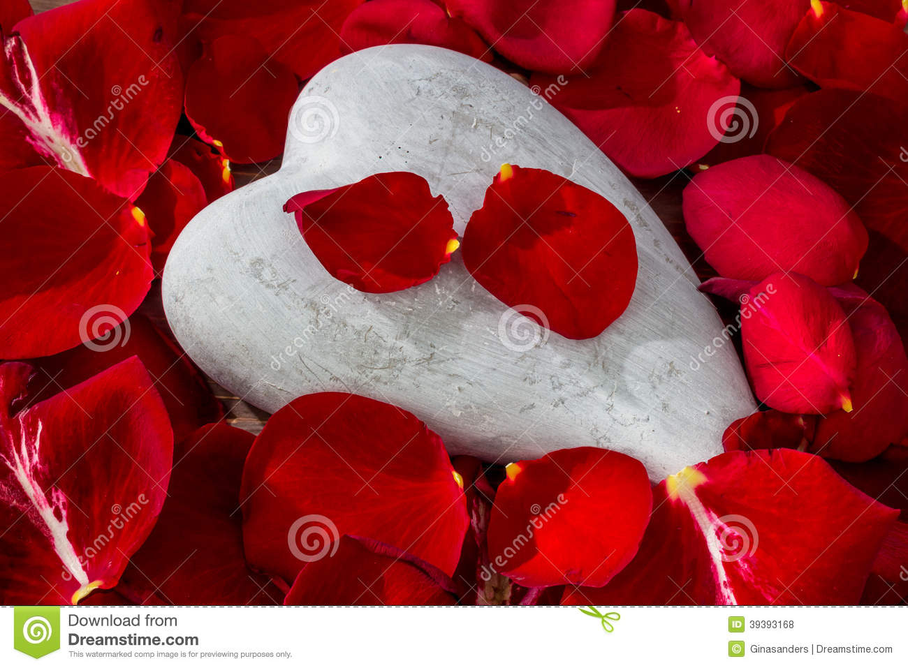 Red roses with heart love for valentines day stock photo image red roses with heart love for valentine s day buycottarizona