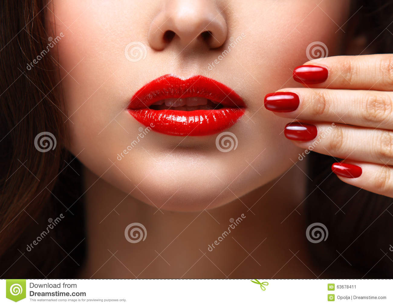 women oral lip face fetish
