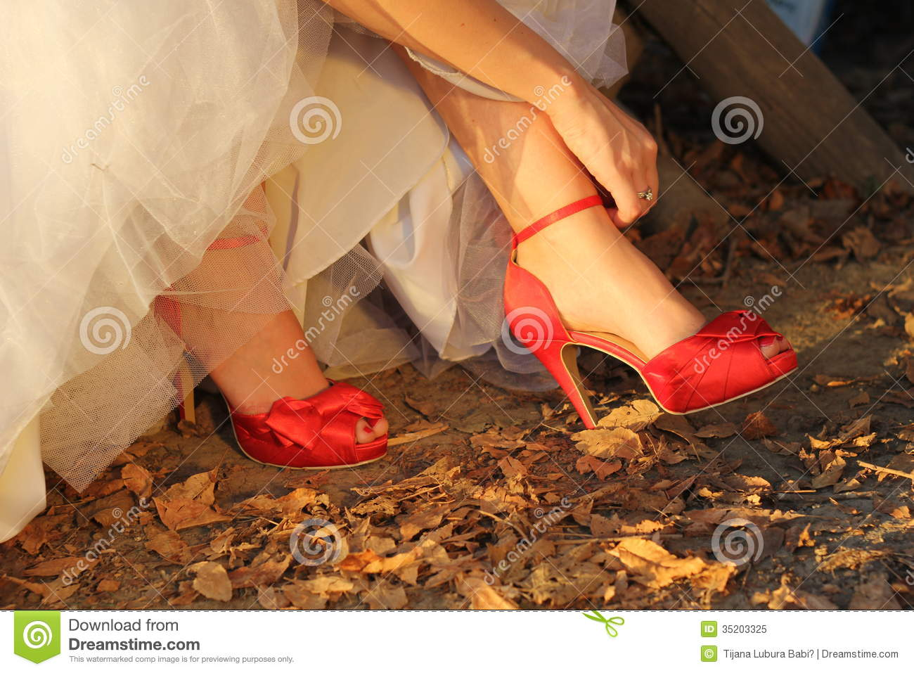 Red Shoes For Wedding