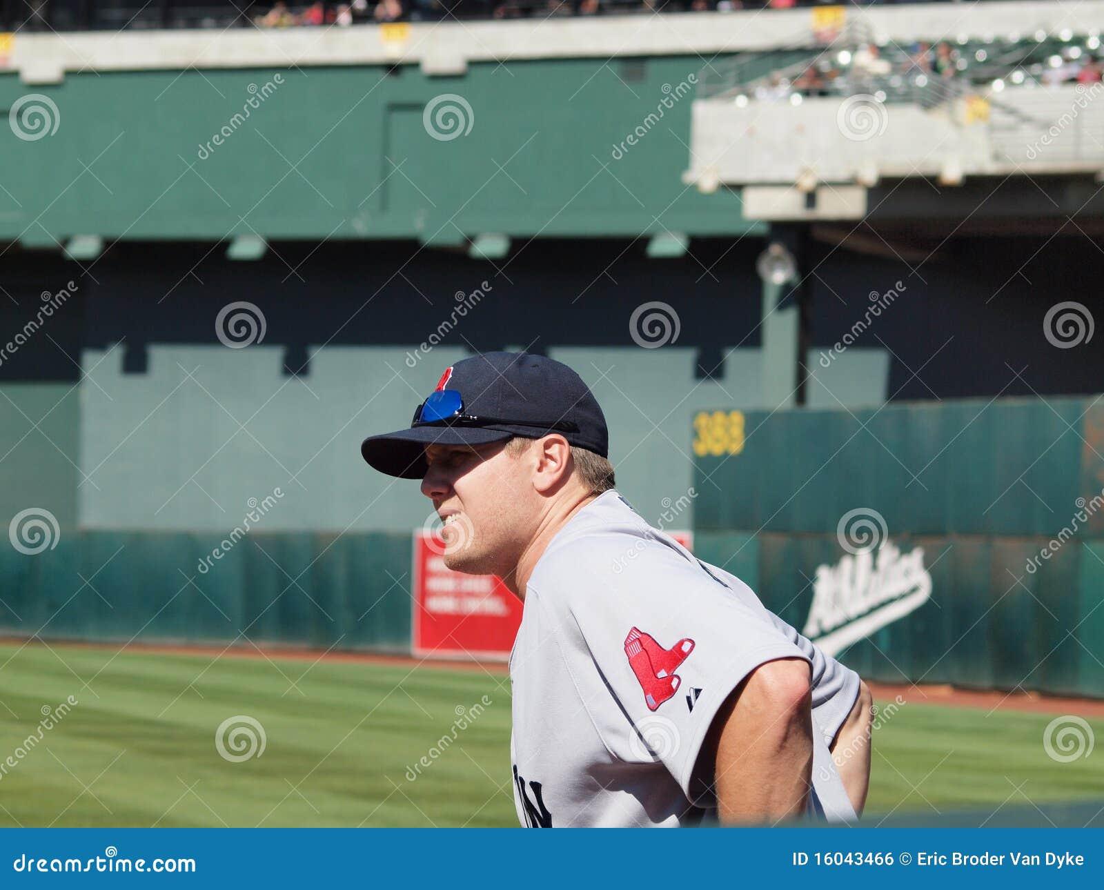 Red Sox closer Jonathan Papelbon waits in bullpen