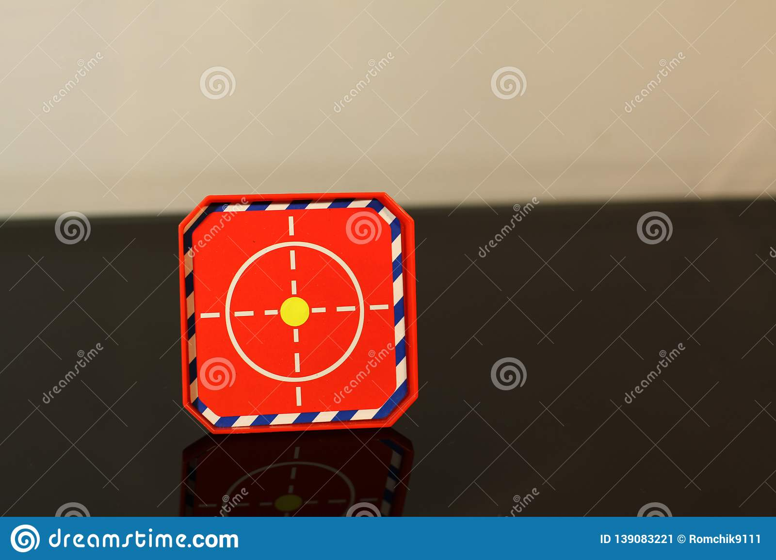 Red target black table