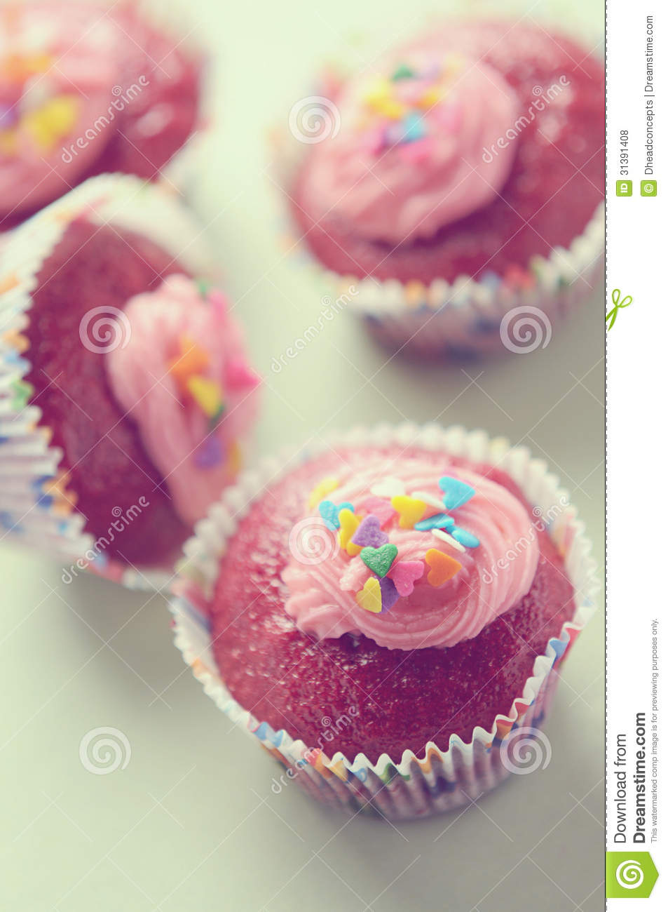 Red Velvet Cupcake Royalty Free Stock Photos - Image: 31391408