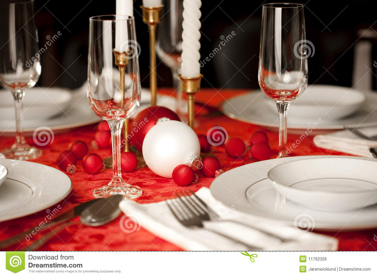 Red And White Christmas Table Setting Royalty Free Stock ...