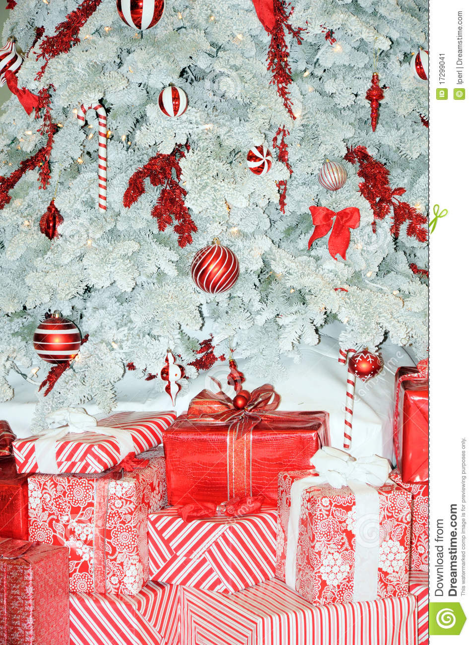 Red And White Christmas Tree Stock Image Image 17299041