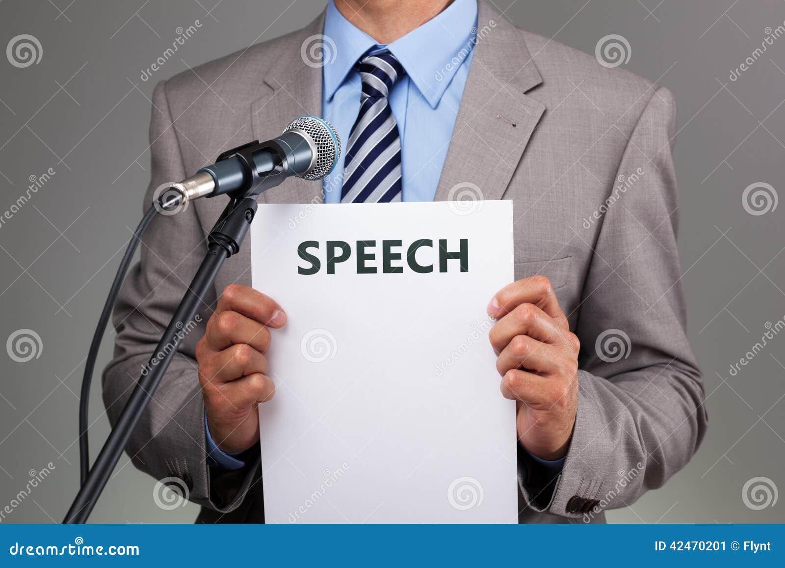 Rede mit Mikrofon