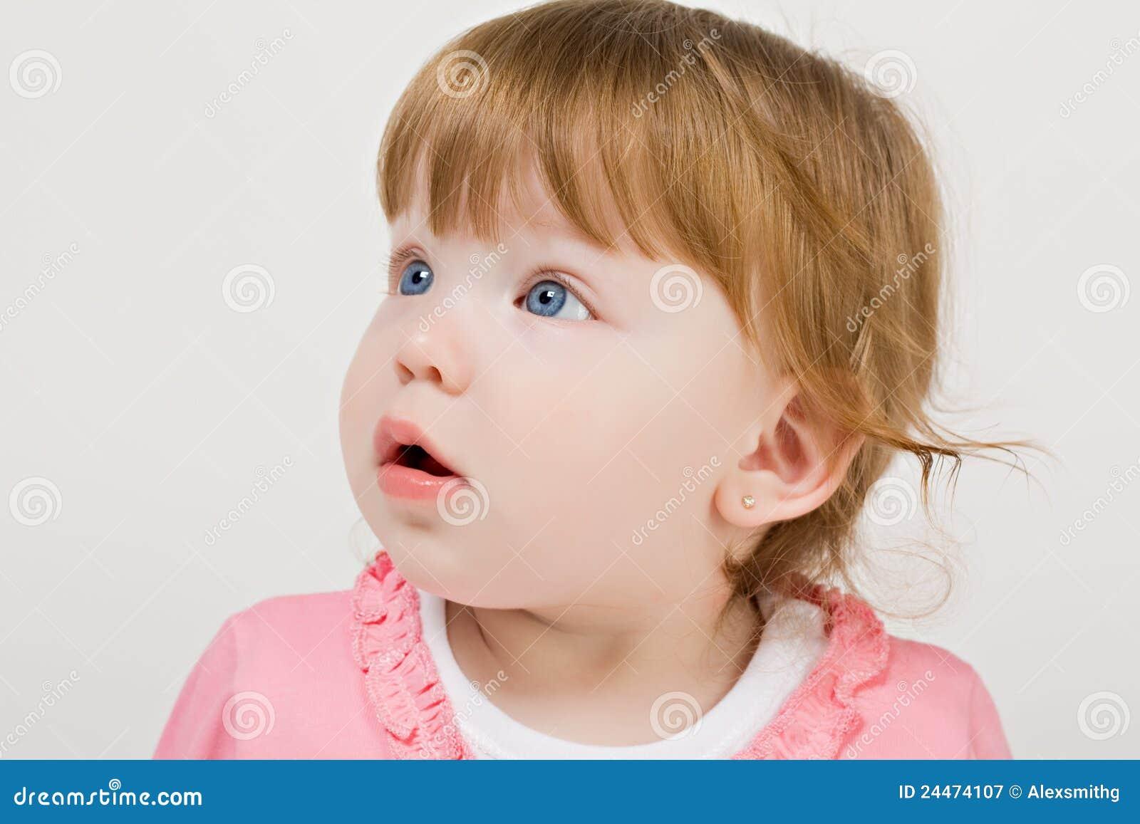 redhead baby archivbilder abgabe des download 596 geben. Black Bedroom Furniture Sets. Home Design Ideas