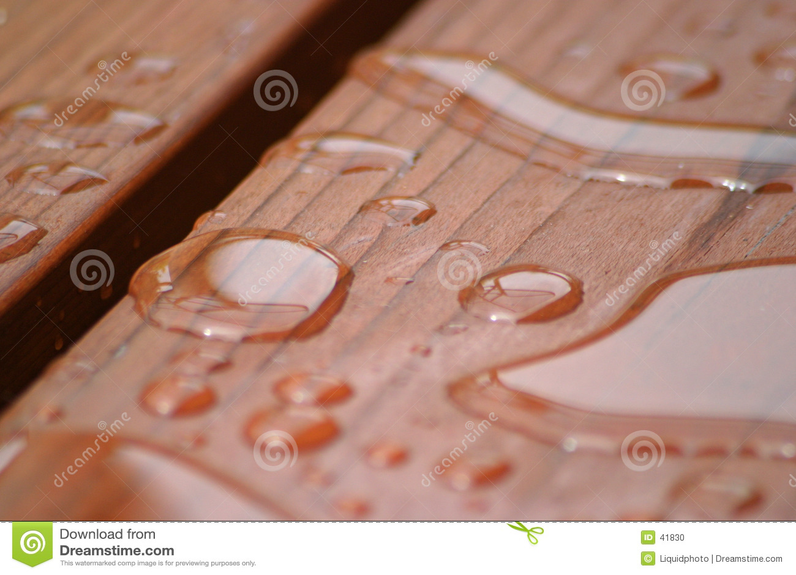 Redwood дождя падений