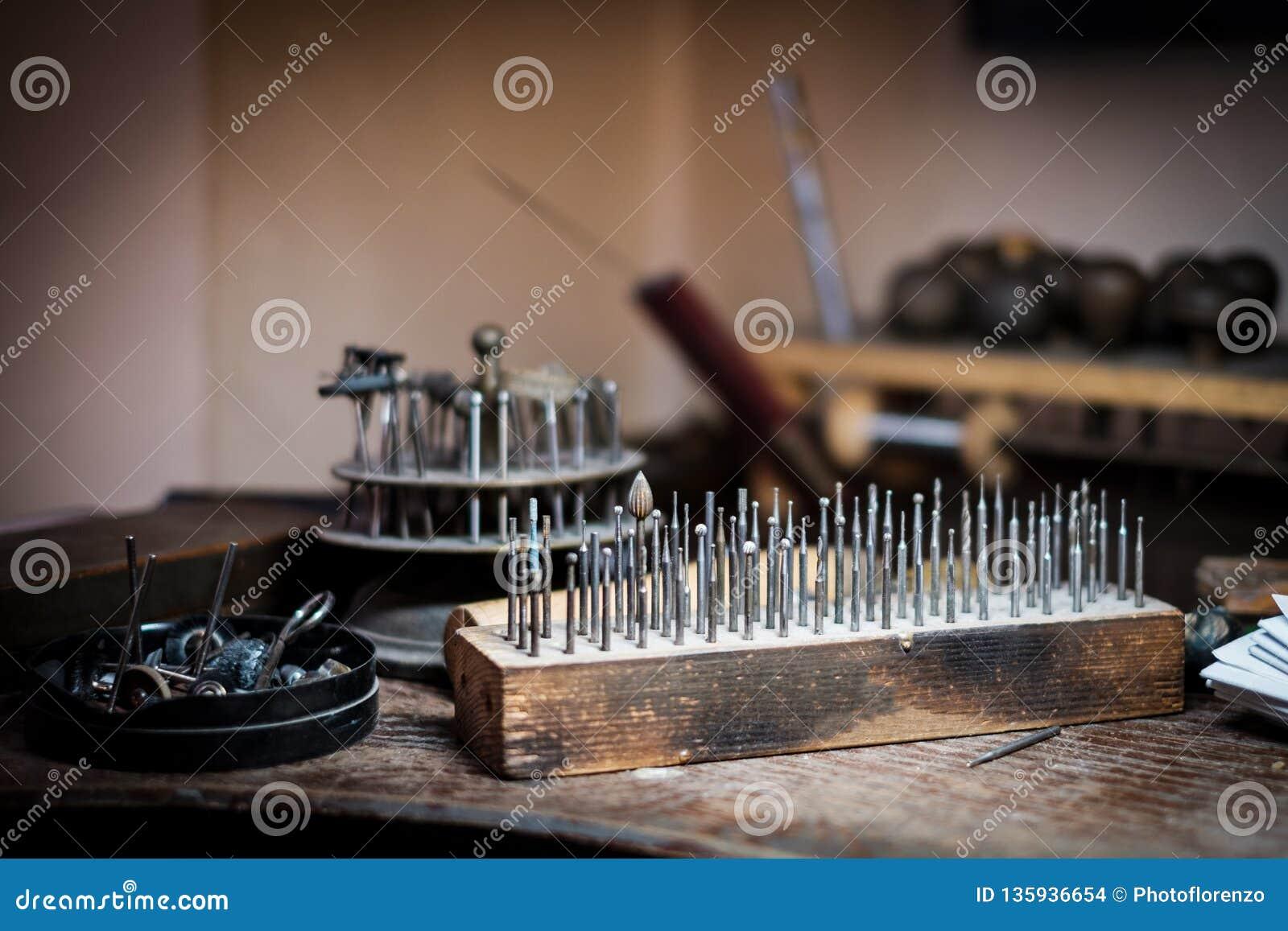 Reeks van het malen van de molenpen, het in orde maken die, het oppoetsen, op werkbank boren