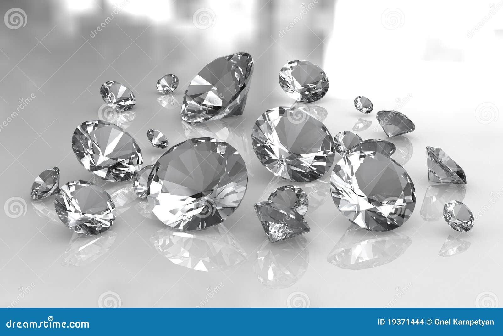 Reeks witte ronde diamanten op glanzende oppervlakte
