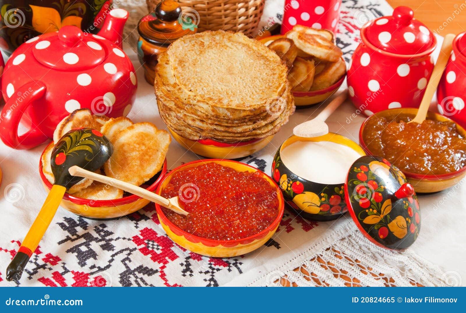 Refeição do festival de Maslenitsa