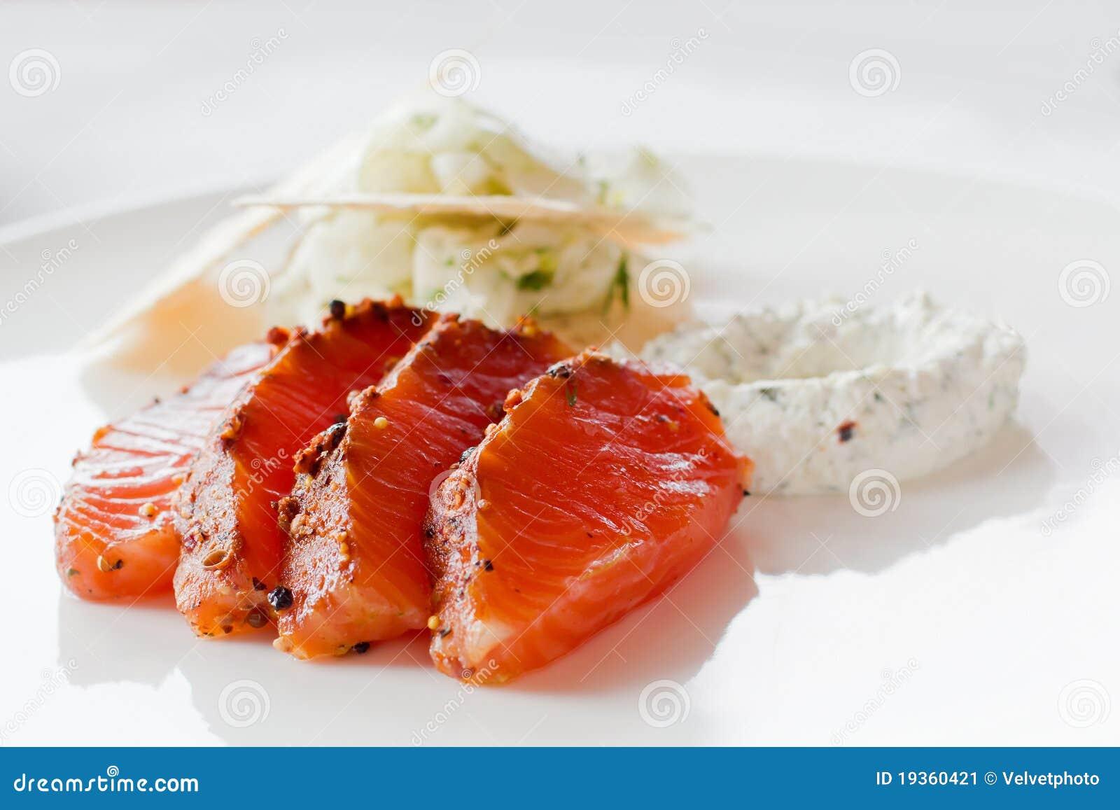 Refeição salmon psta de conserva