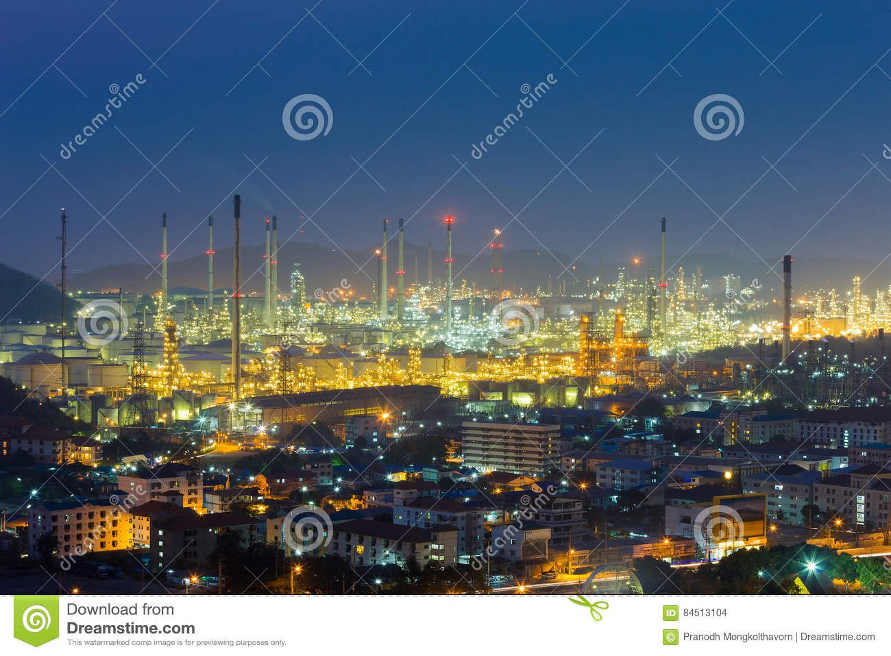 refinery-lights-night-view-mountain-back