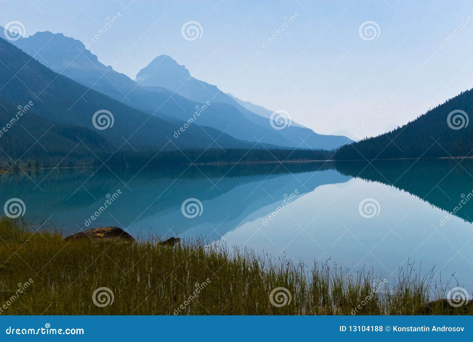Reflexion in den Bergen