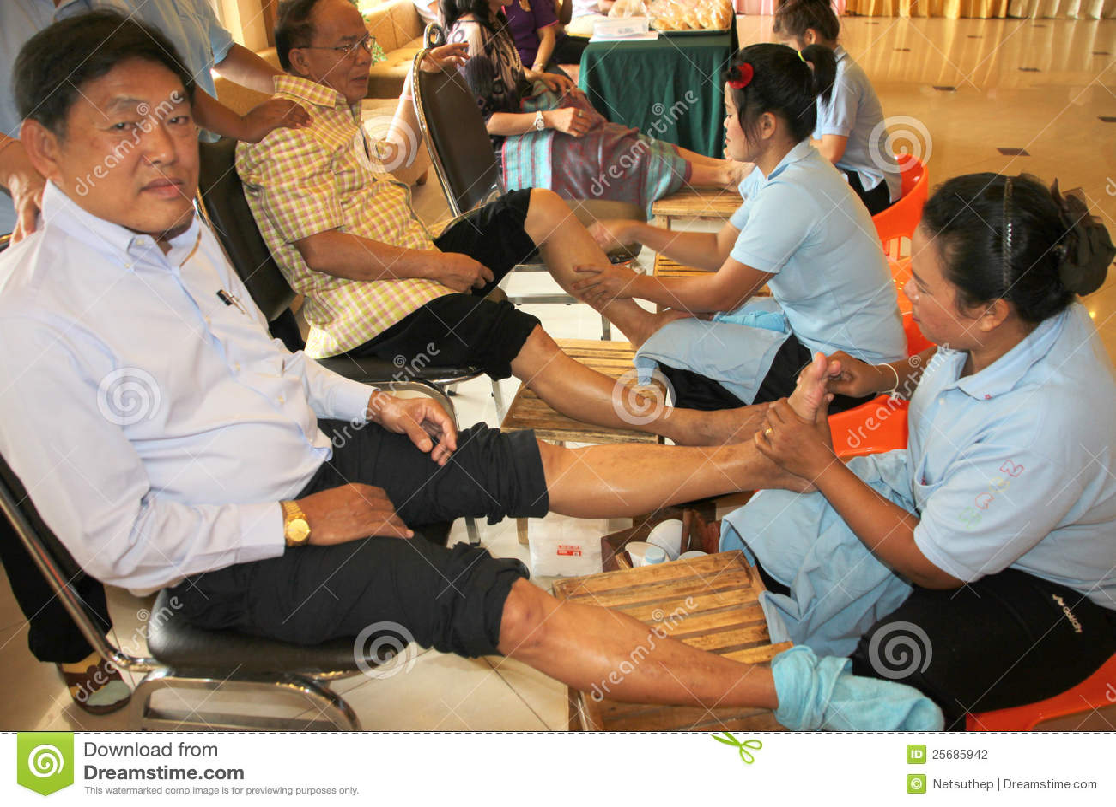 Reflexology massage spa foot treatment thailand editorial photography image 25685942 - Salon massage thai naturiste ...