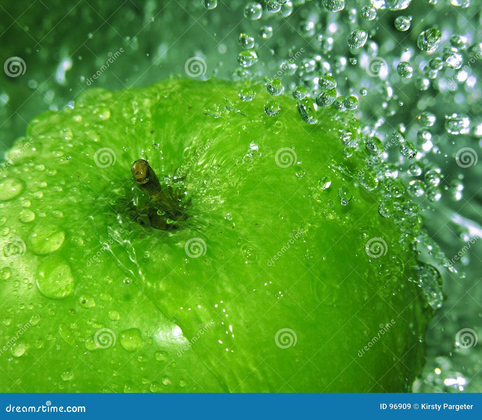 Refreshing Apple Royalty Free Stock Images - Image: 96909