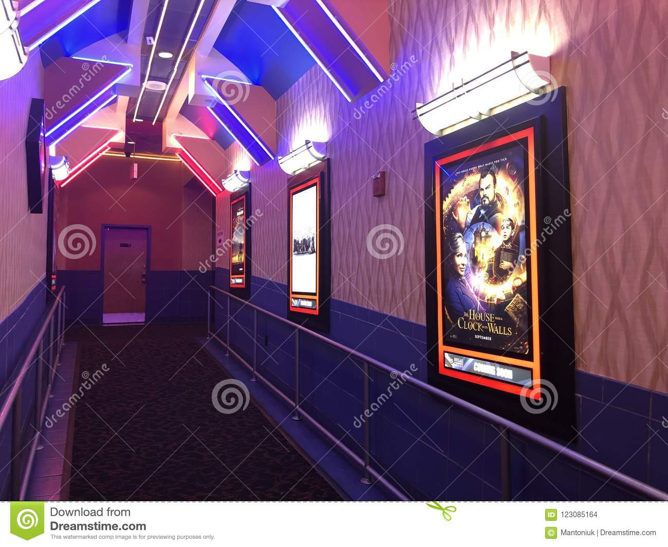 REGAL CINEMAS At The Queens  Editorial Stock Image - Image of inside