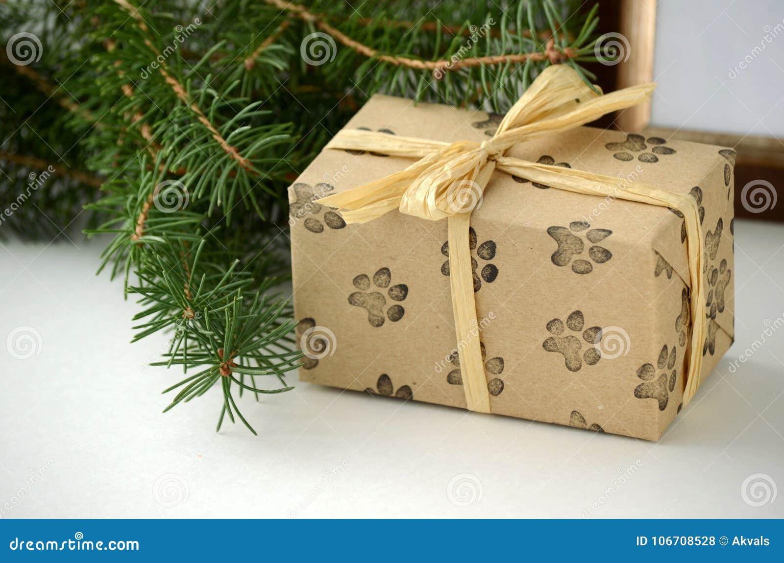 Scatole Per Regali Di Natale.Regali Di Natale E Presente Scatola Fatta Una Confezione Regalo