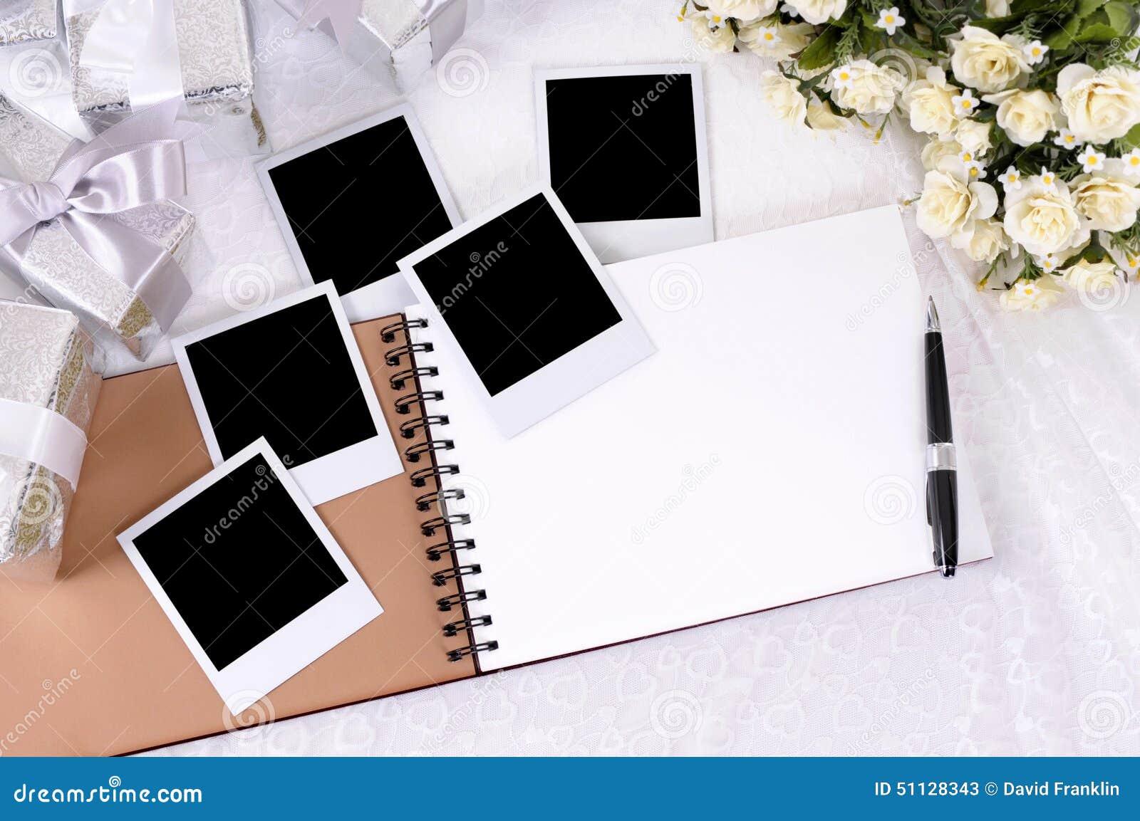 Regali e album di foto di nozze