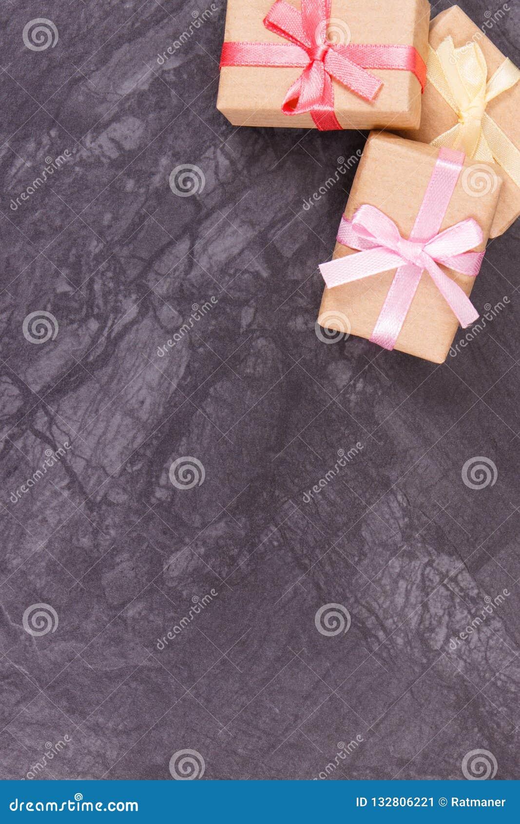 Regalos Envueltos Para La Navidad La Tarjeta Del Día De San