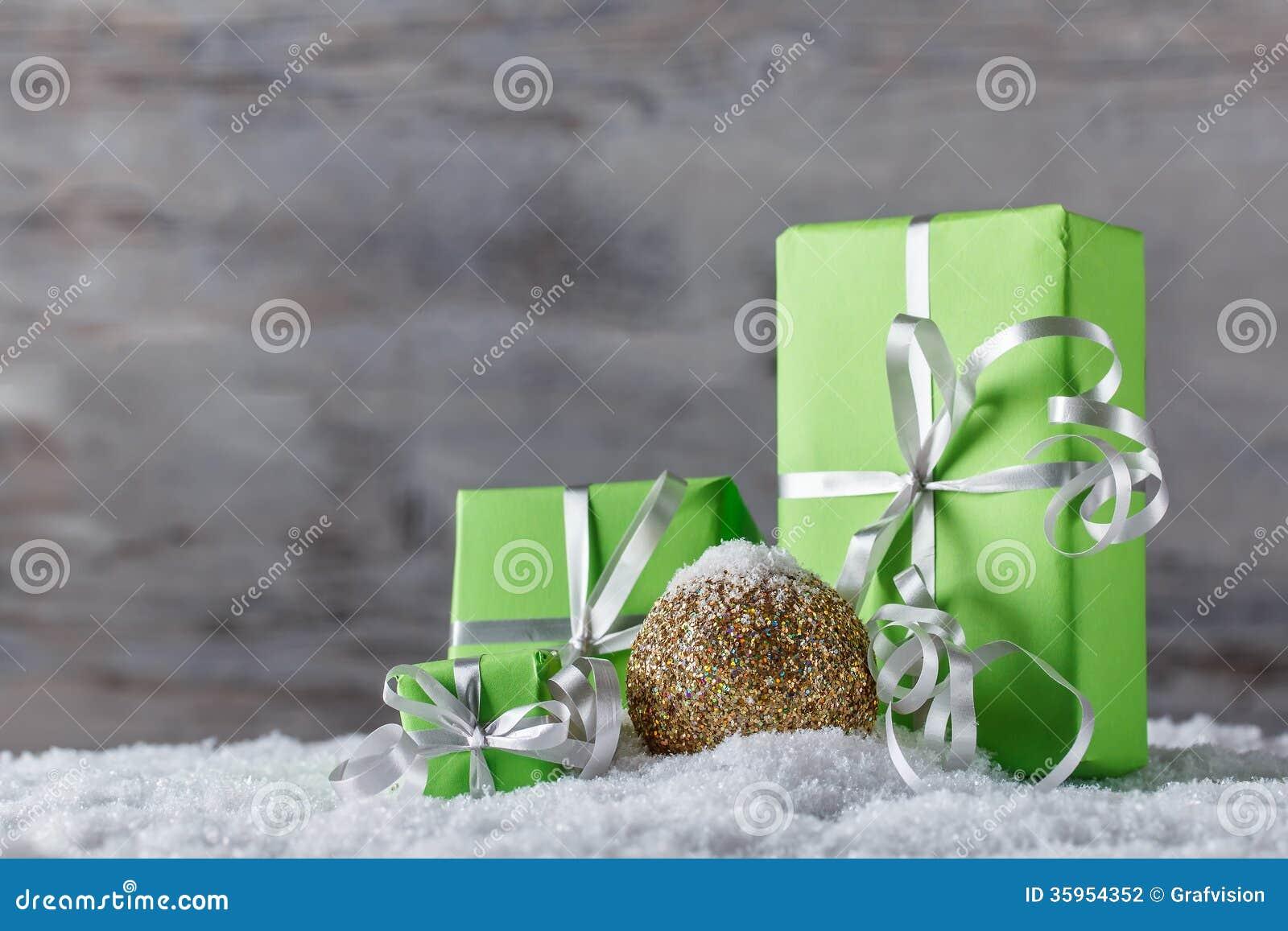 Regalos y decoración de la Navidad