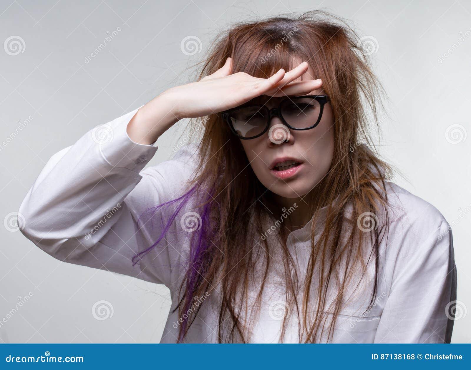 Femme Hirsute Photo regard de la femme hirsute de scientifique photo stock - image du
