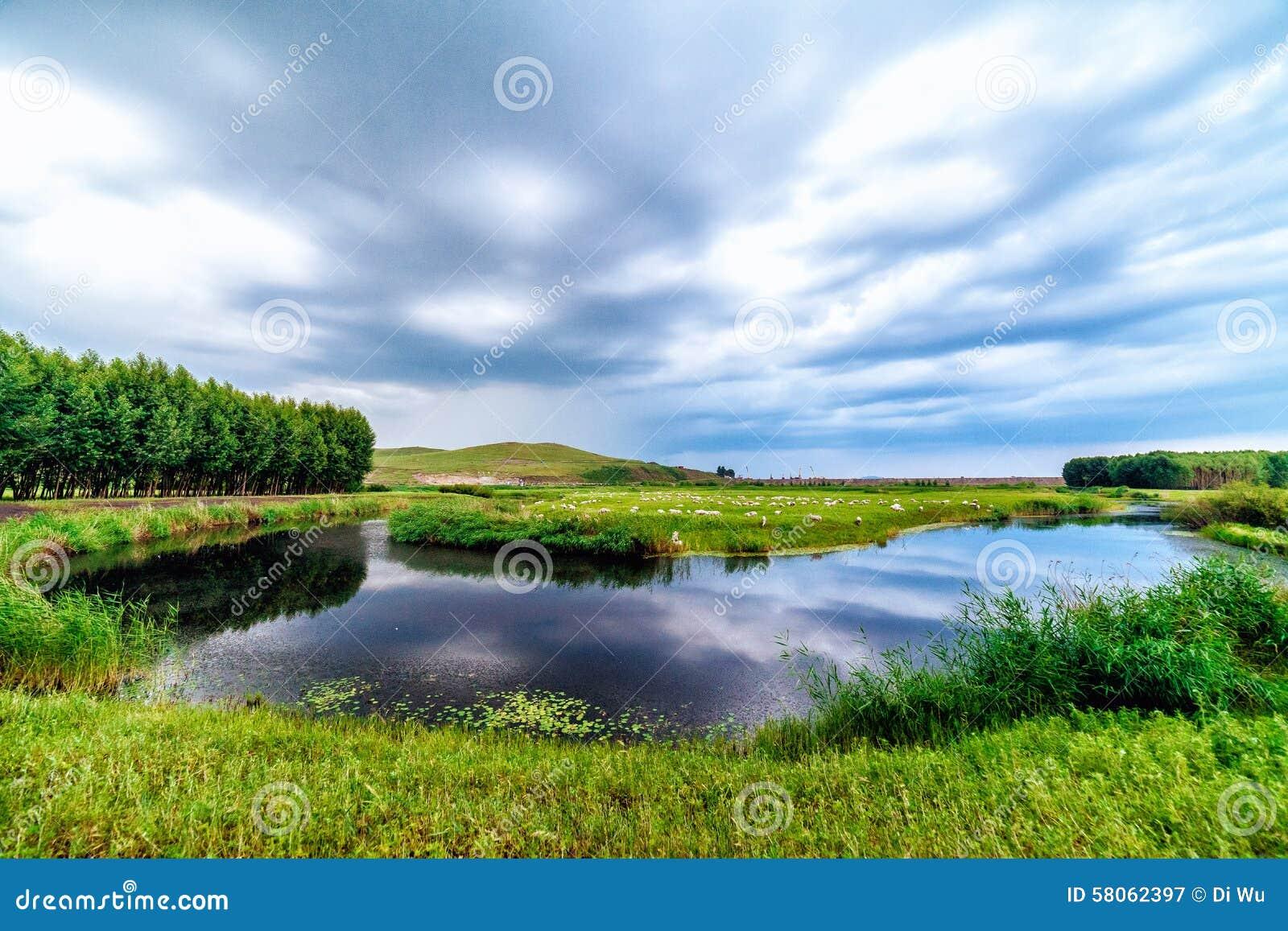 Regi n de la estepa de ulagai imagen de archivo imagen de pista nubes 58062397 - Mas l estepa agullana ...