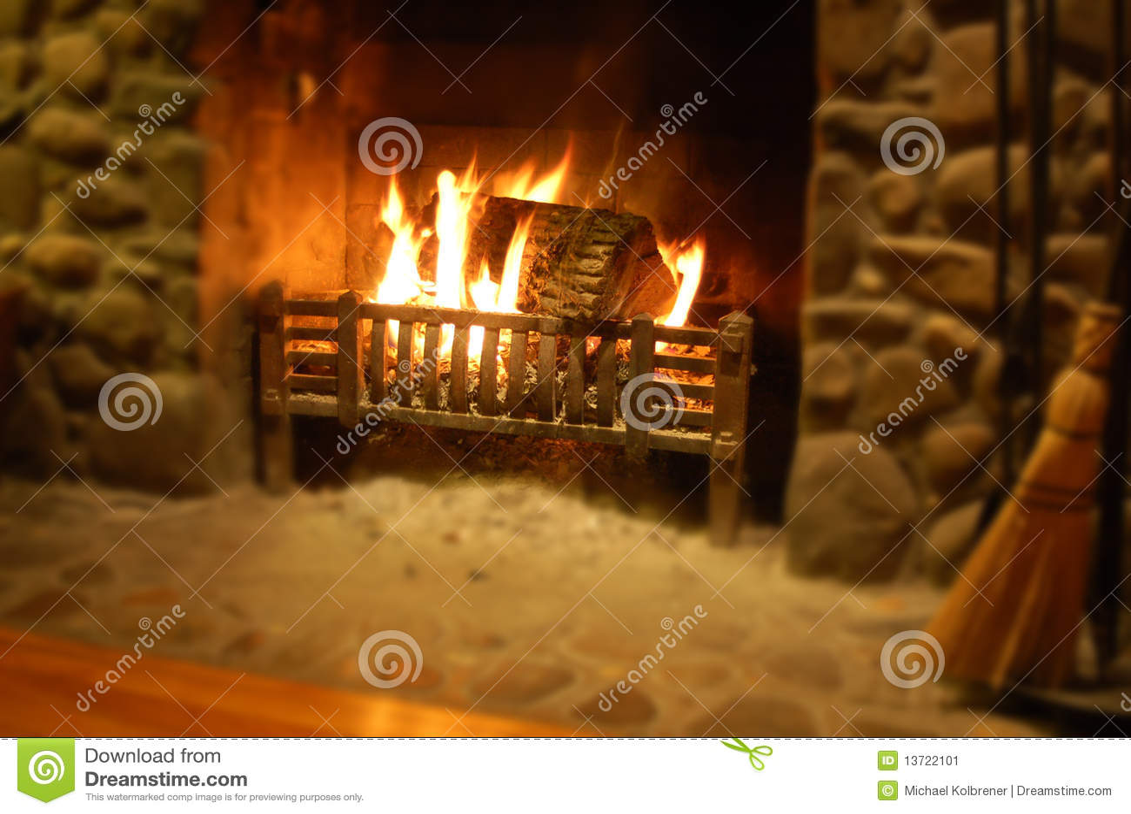 Registro que queima-se na chaminé de pedra