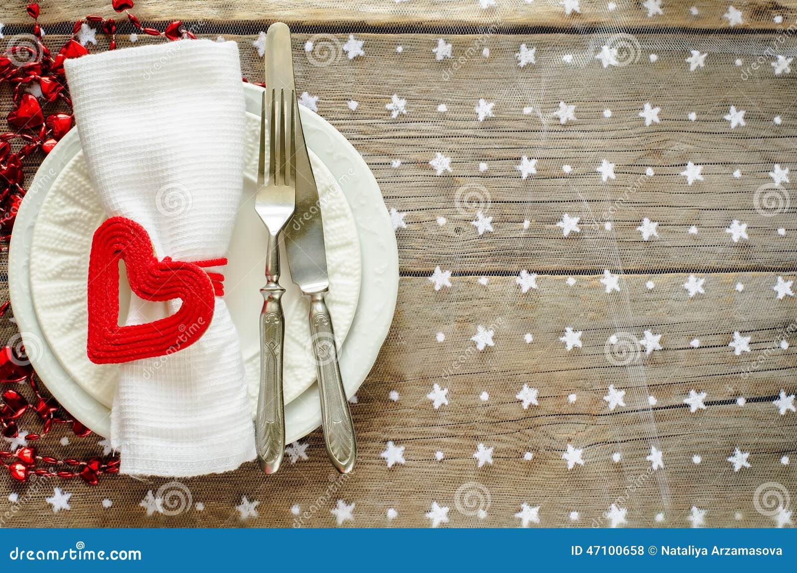 Regolazione della tavola di San Valentino