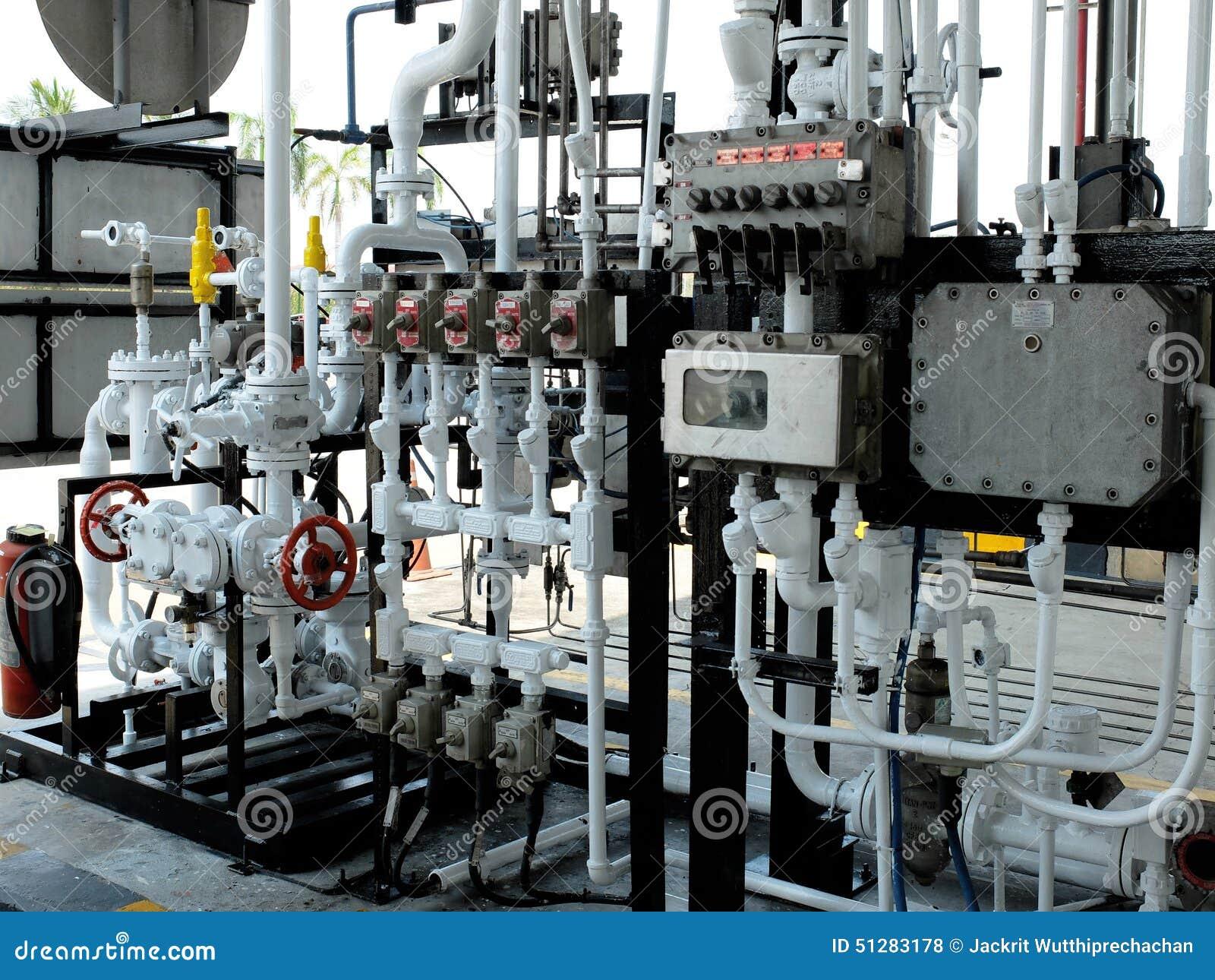 Regulador de cargamento del combustible en terminal del combustible