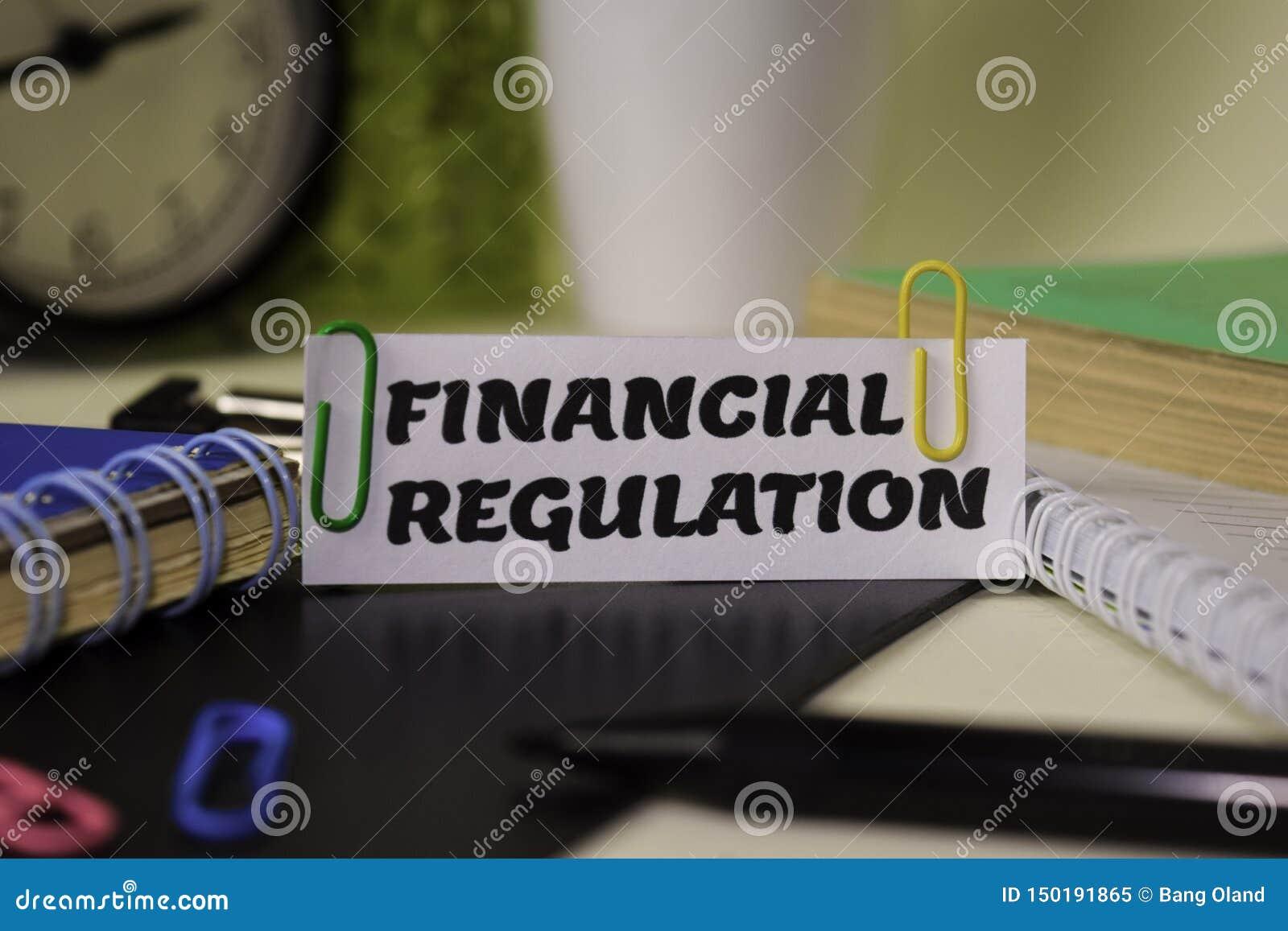 Regulamento financeiro no papel isolado nele mesa Conceito do neg?cio e da inspira??o