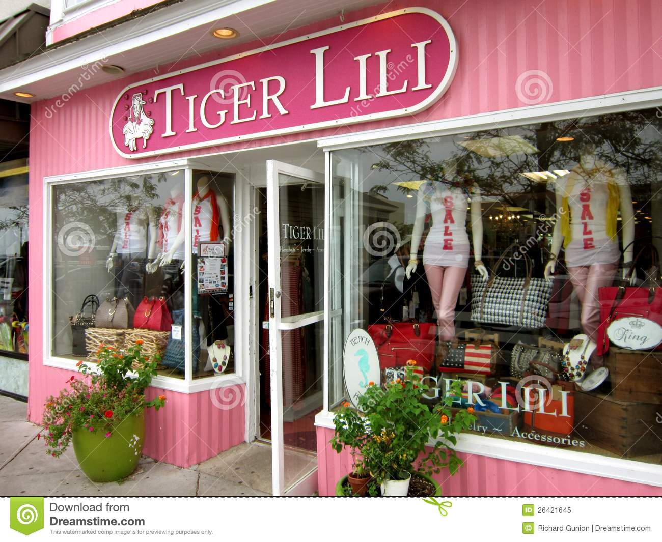 Clothing stores in delaware