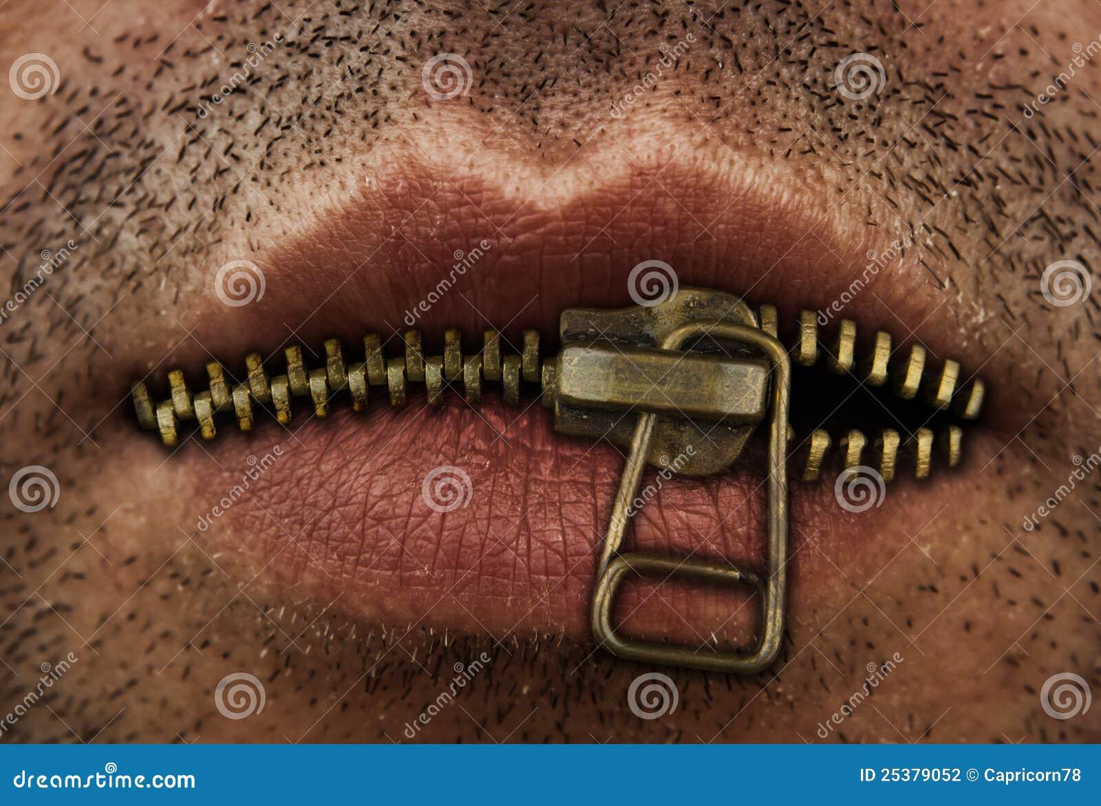 Reißverschluss auf Mund
