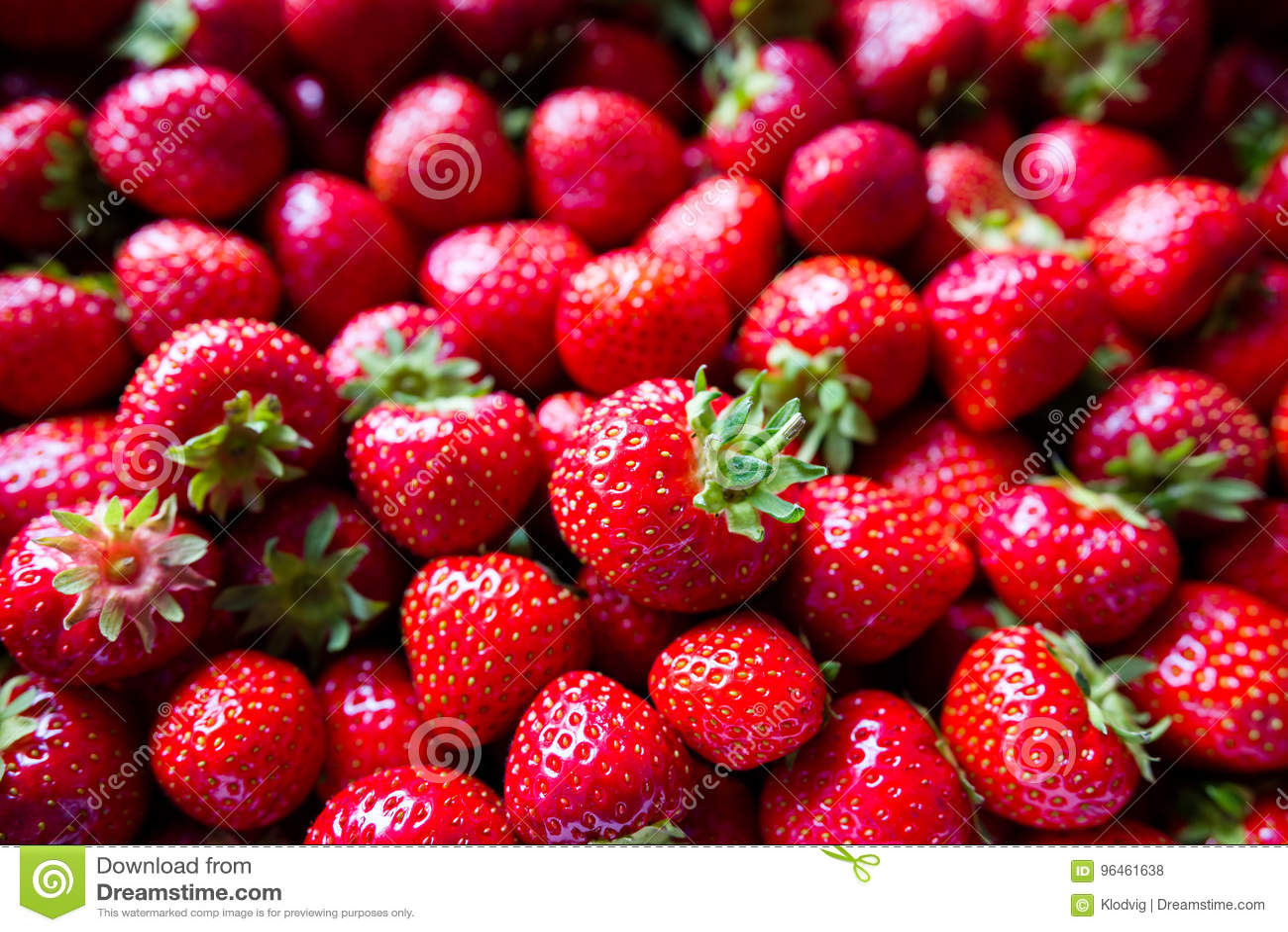 Reife rote Erdbeeren