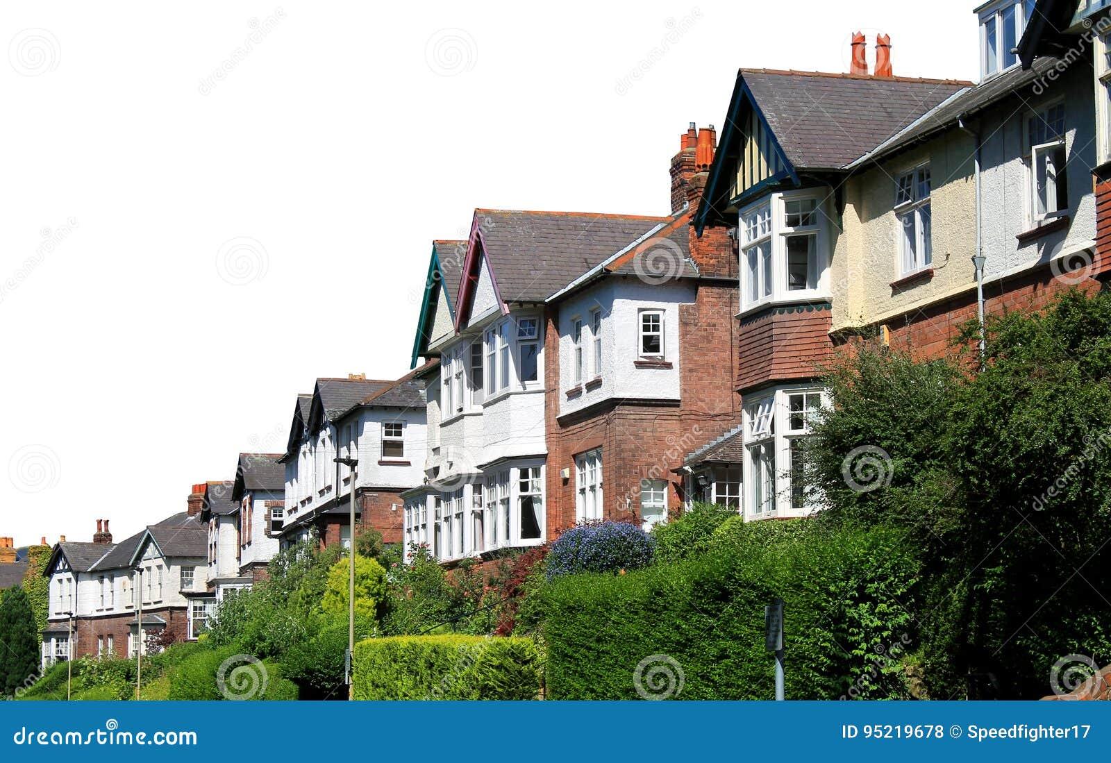 Reihe Von Modernen Häusern In Der Straße Lokalisiert Auf Weiß ...