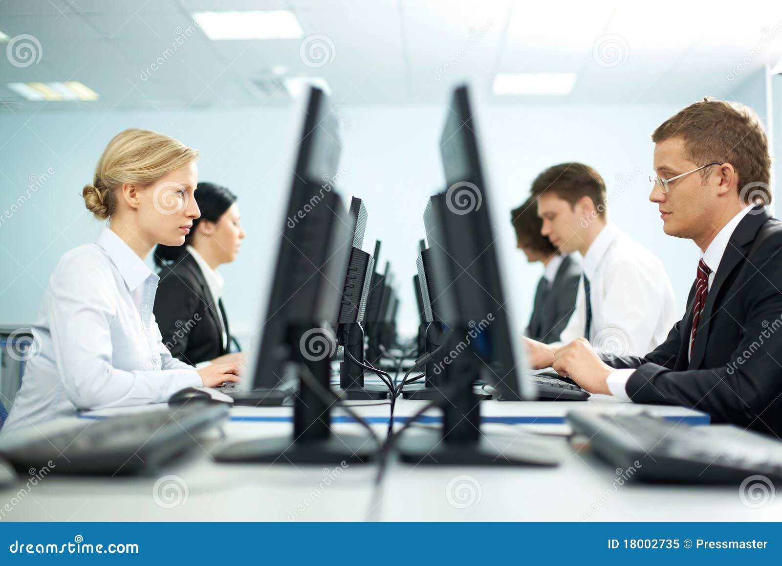 Reihen der Büroangestellter