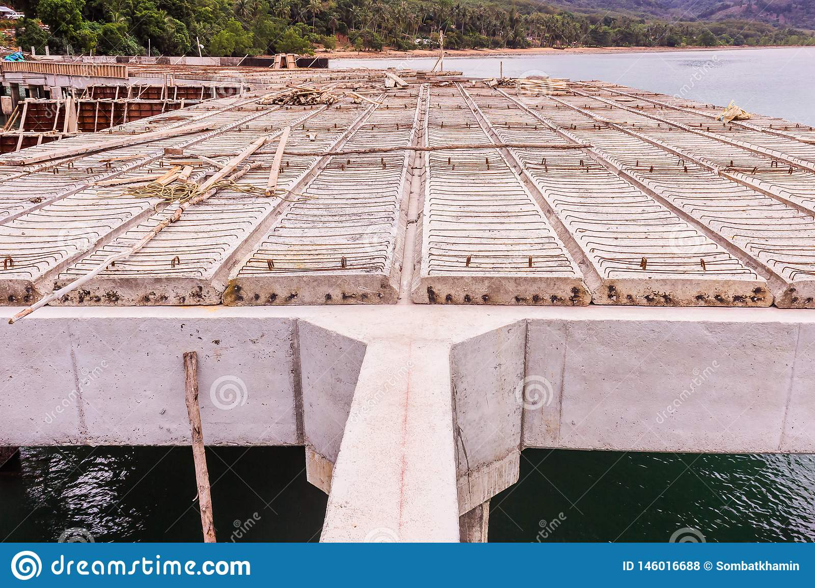 Reinforce Concrete Beams And Precast Slabs Of Under Construction Pier Stock Photo Image Of Construction Design 146016688