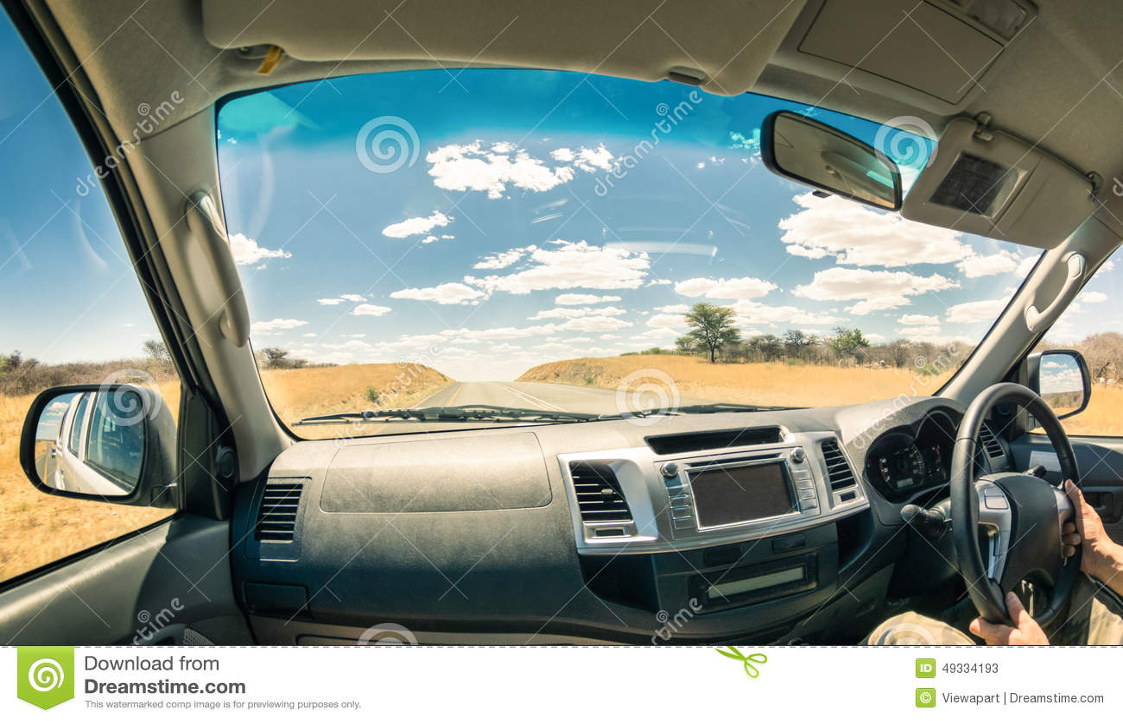 Auto cockpit straße  Szenische Auto-Fenster-Ansicht Stockfoto - Bild: 39751756