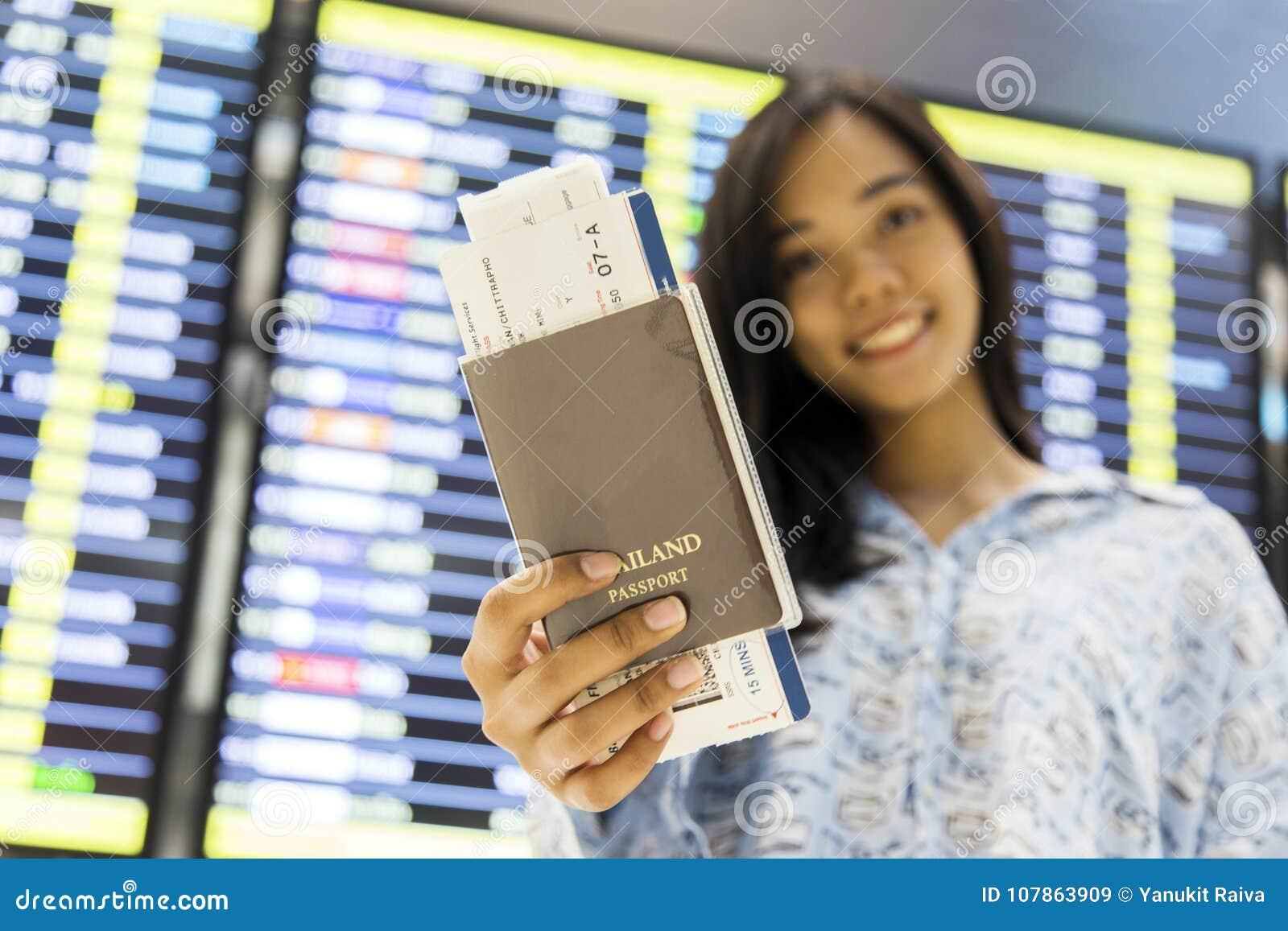Reiseshowpaß und -karte asiatischer Dame Goto-
