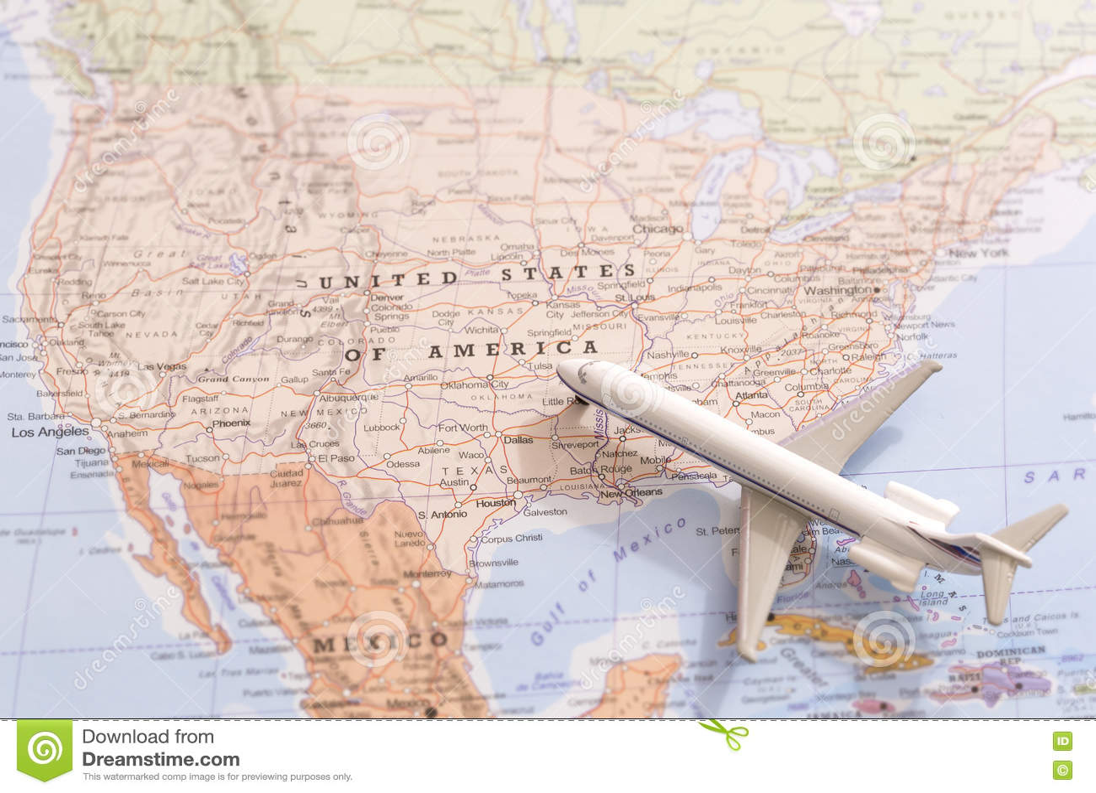 Reiseziel Usa Passagierflugzeugminiatur Auf Einer Karte Stockfoto