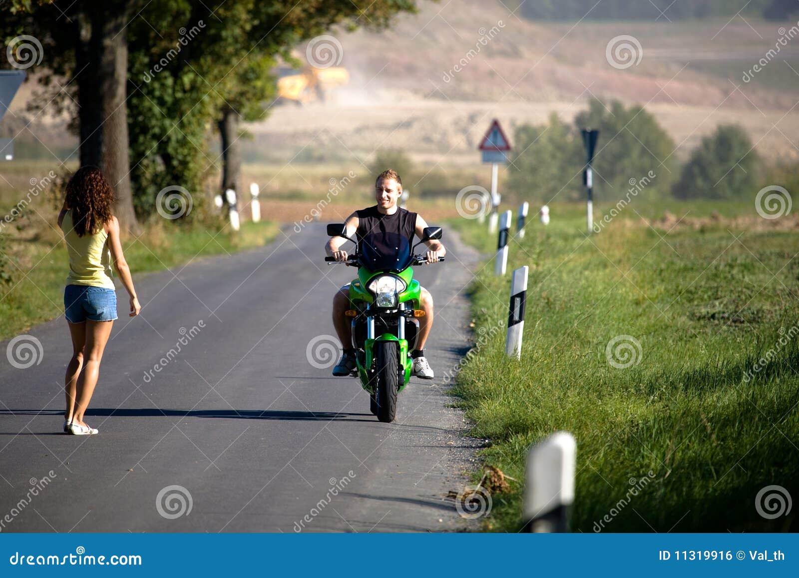 Reiten des Motorrades