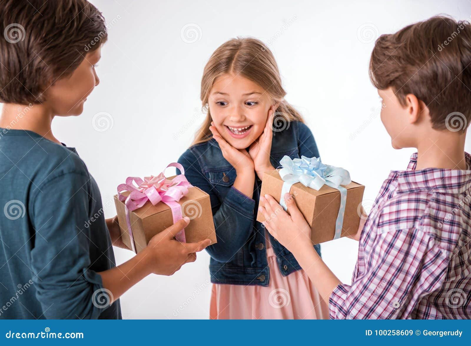 Reizend und nette Kinder